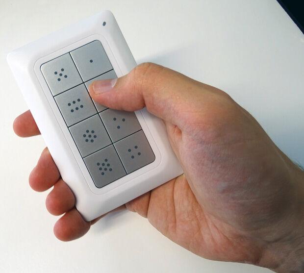 Contrôleur Remotec utilisé comme une télécommande